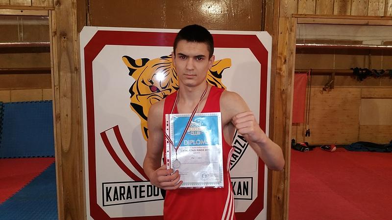 KADZAN, Atklātais rings, 2016, bokss